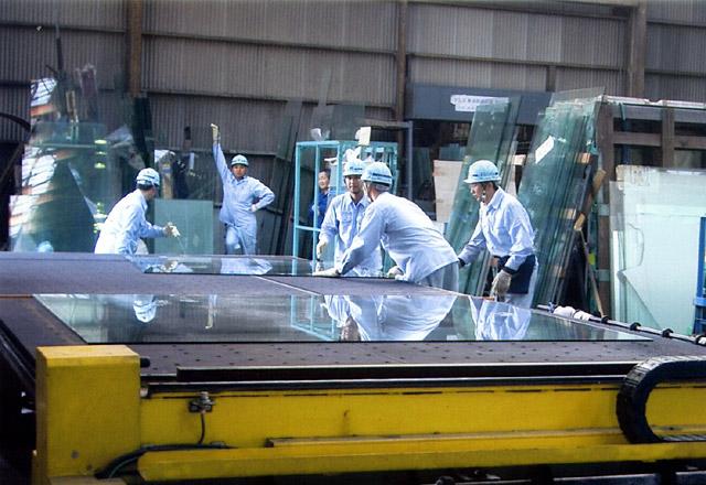 板ガラス切断加工