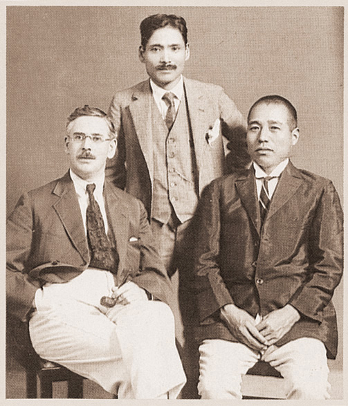 大正末期2代目上野兵松とビルキントン上海支店長