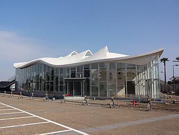 江の島湘南港ヨットハウス